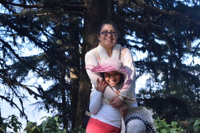 sunita-n-daughter-srushti-during-picnic